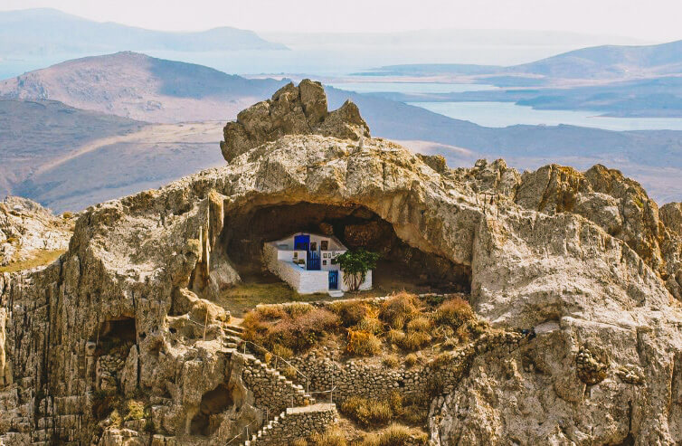 One of the most beautiful churches is built in Greece