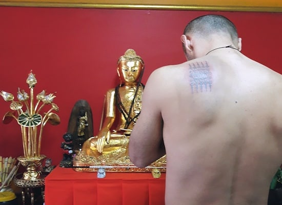 sak yant tattoo in chiang mai